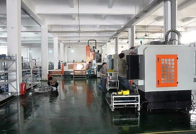 Centro de Mecanizado CNC7